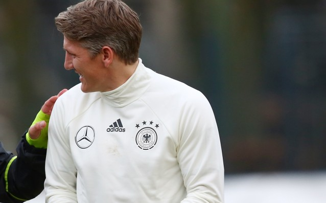 Schweinsteiger got injured in training with Germany