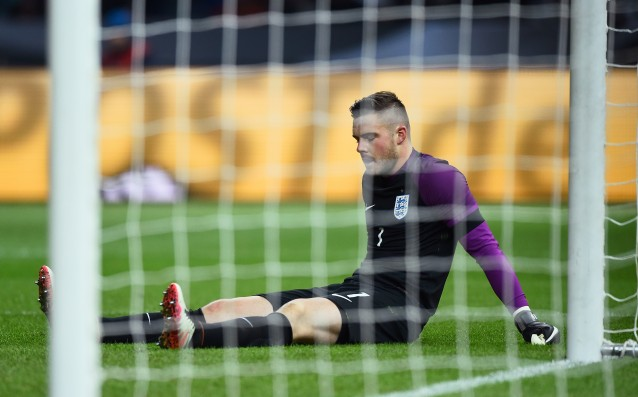The number of goalkeepers of England at Euro 2016 decreased by one