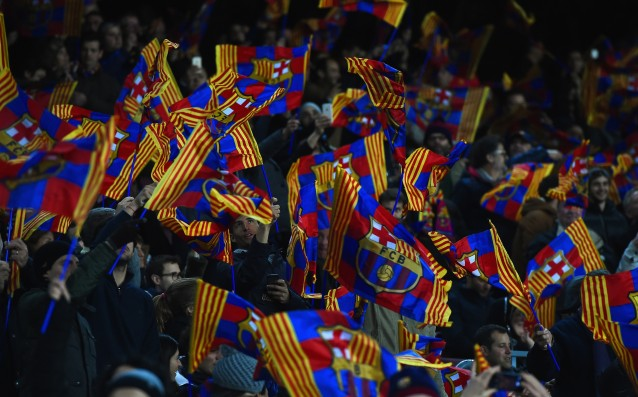 Special choreography in memory of Cruyff on El Classico