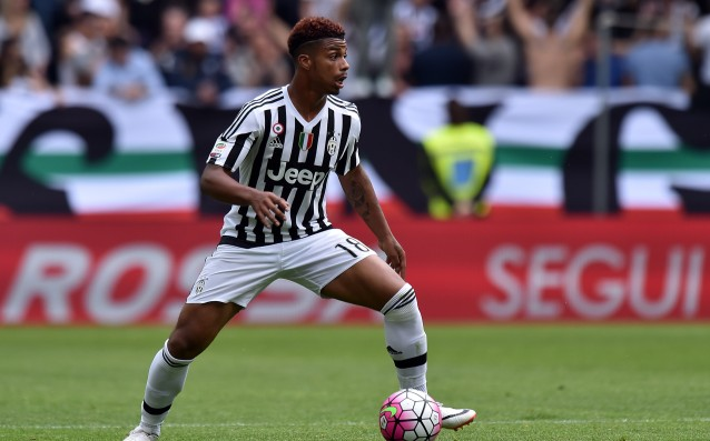 Juve: 'Juve bought the rights of Mario Lemina.'