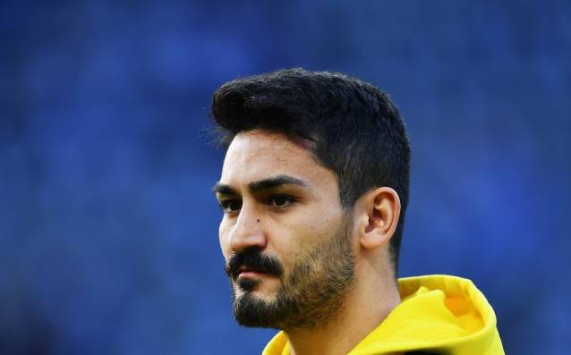 Watzke: 'Gundogan has to make a decision about his future.'