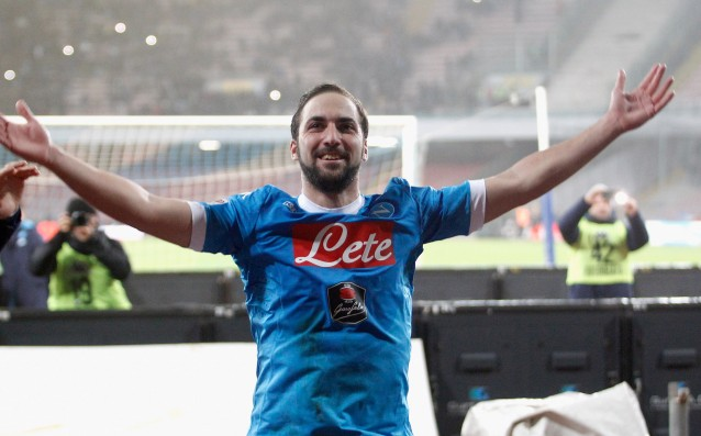 Toni: 'Higuain is from another planet, he is better than Suarez.'