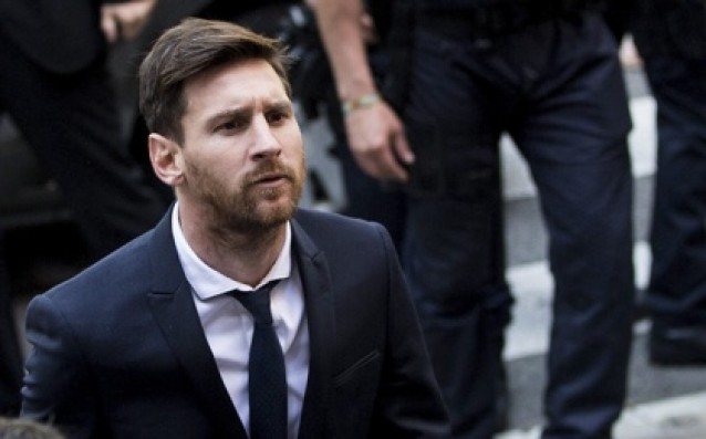 Maradona attacked Messi verbally