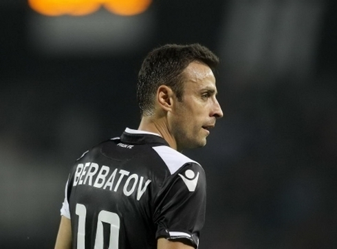 Official: Berbatov left PAOK.