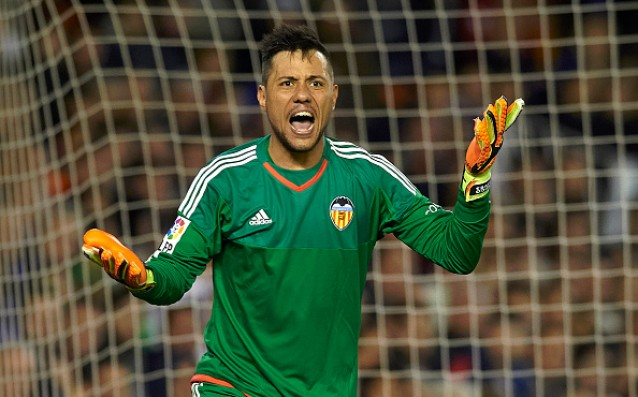 Valencia is selling top goalkeeper to Greek champion