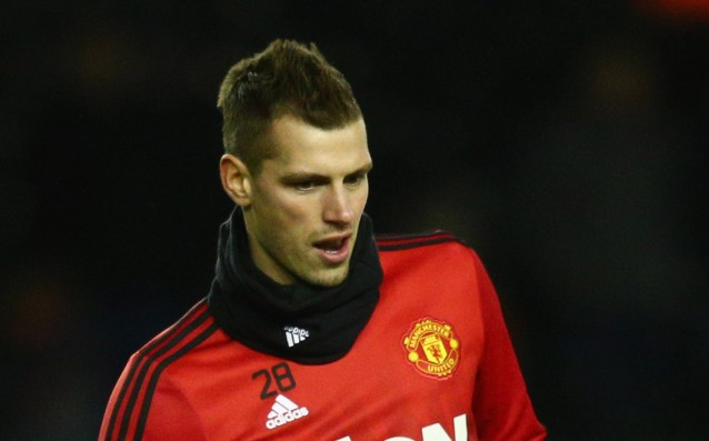 Schneiderlin is eady to fight for his place at Manchester United
