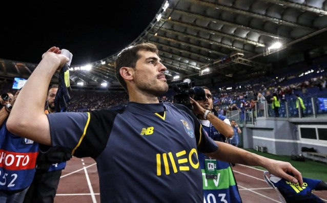 Iker Casillas with the 18th consecutive season in the UEFA Champions League