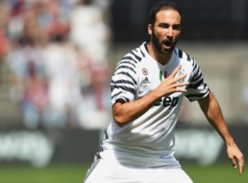 Higuain: 'I don't mind being called a fat guy.'