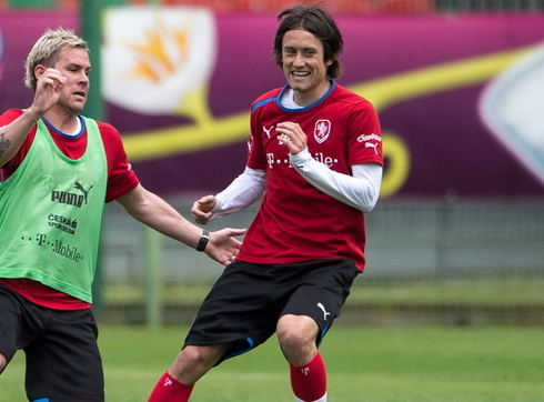 Rosicky is back to Sparta Prague