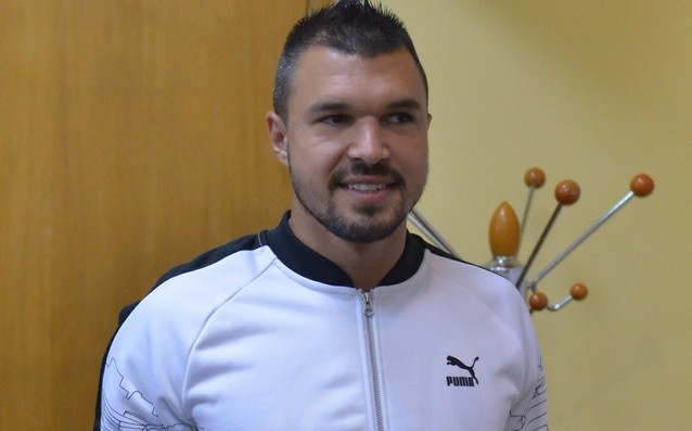 Valeri Bozhinov remains at Partizan