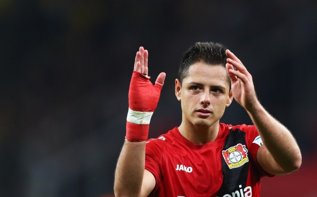Sevilla and Valencia in a dispute over the signature of Chicharito