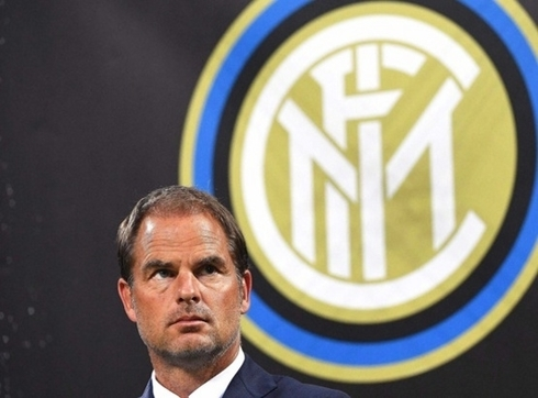 Official: Inter part with de Boer.