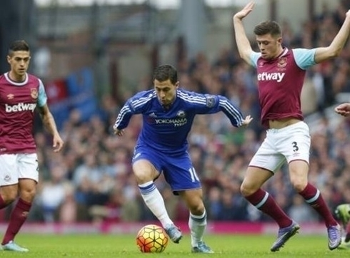 Hazard thinks that City and Liverpool for the main contenders of Chelsea in the battle for the title