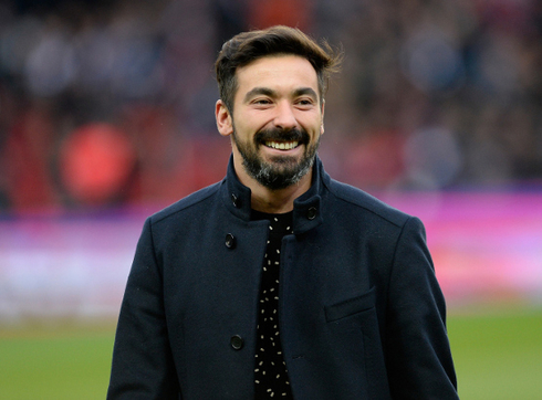 Lavezzi is the best-paid player in the world