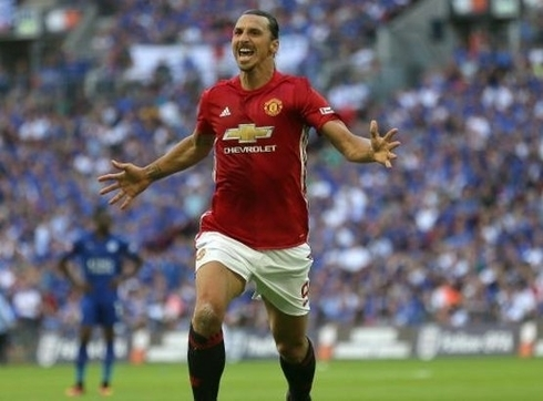Raiola revealed: 'Ibra will remain at United and in the next season.'