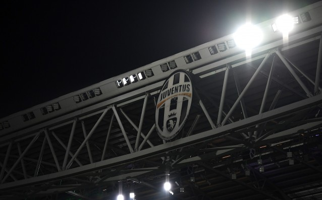 The fans of Juventus did not like its new logo