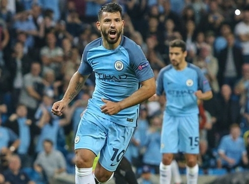 Aguero re-signed with Manchester City
