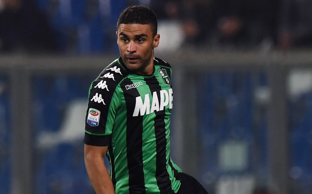 Roma is giving two players to take a striker from Sassuolo