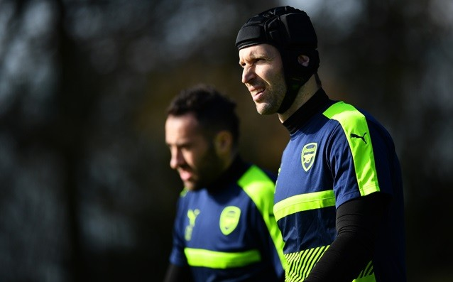 Petr Cech: 'The players must also take responsibility.'