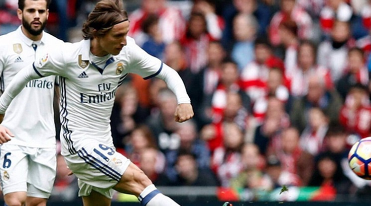 Real Madrid is going to sell Modric in the summer