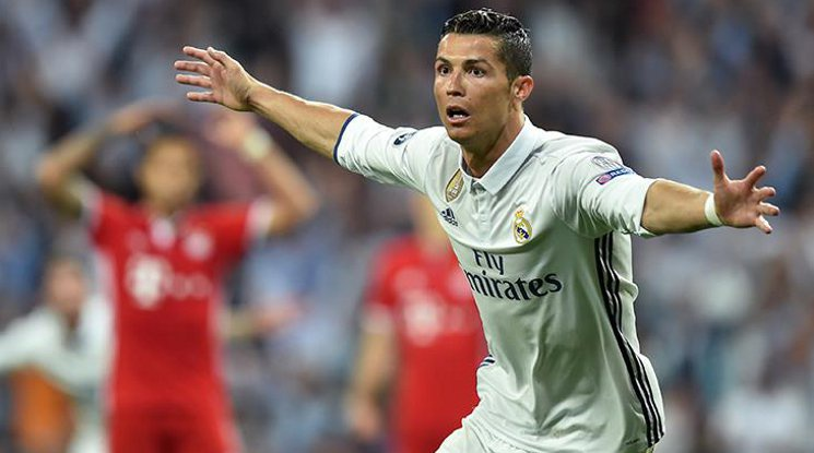 Ronaldo is the first footballer with 100 goals in the Champions League