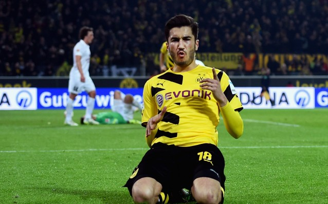 Sahin extended his contract with Borussia