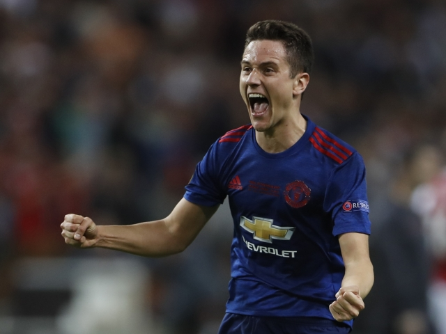 Herrera wants to continue playing at Manchester United