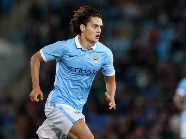 Manchester City is selling Unal to Villareal