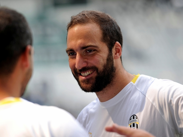 Higuain: 'Juventus deserves to win at the final!'