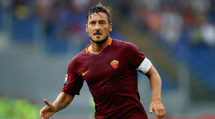 Roma is offering Totti a position in the administration of the club