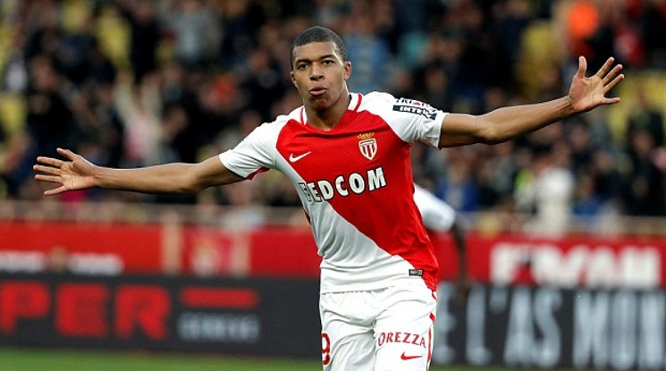 Three clubs are willing to give more than 100 million euros for Mbappe