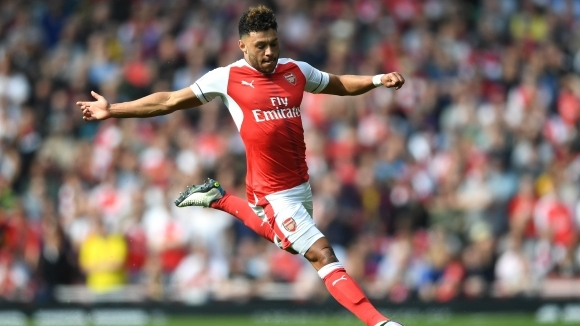 Arsenal has started negotiations about Oxlade-Chamberlain