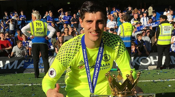 Courtois wants a double raise of his salary