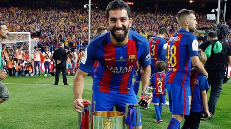 Arda Turan refused an offer from Besiktas