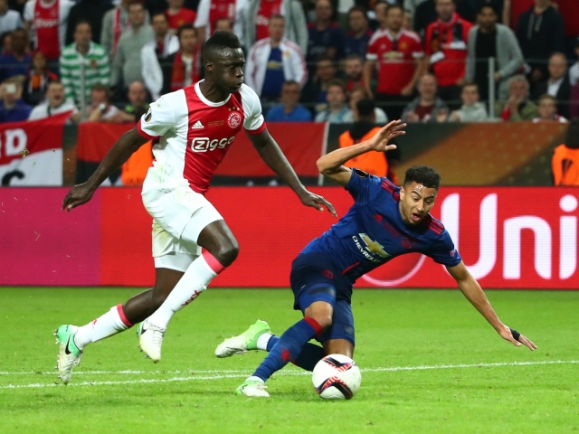 Ajax estimated Sanchez at 40 million euros
