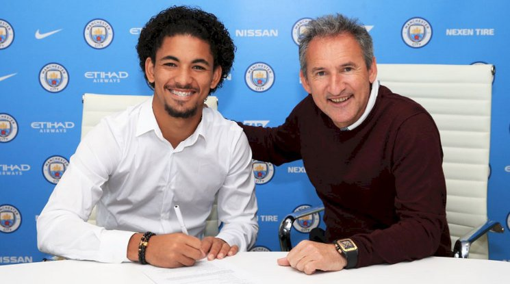 Douglas Luiz officially is a player of Manchester City