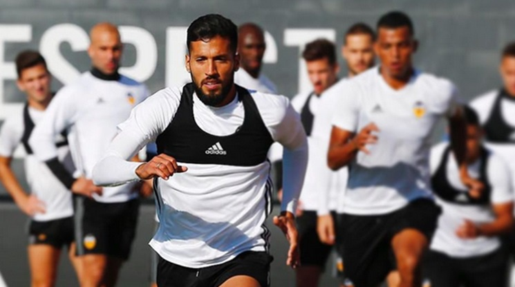 Juventus is getting Ezequiel Garay