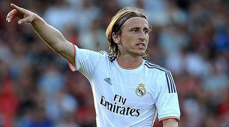 Modric: 'I am happy to wear number 10 at Real Madrid!'