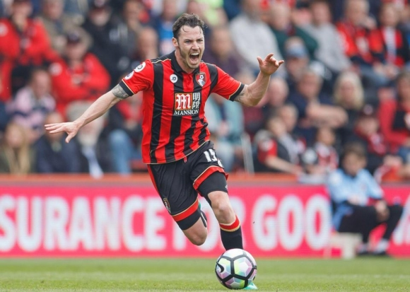 Bournemouth extended the contract of Smith