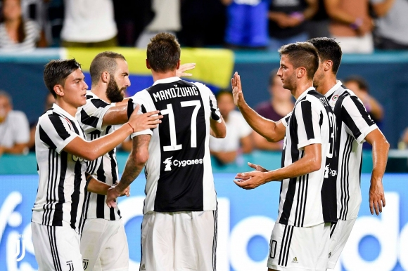 Marchisio is with a double for Juventus in the win over Paris Saint-Germain