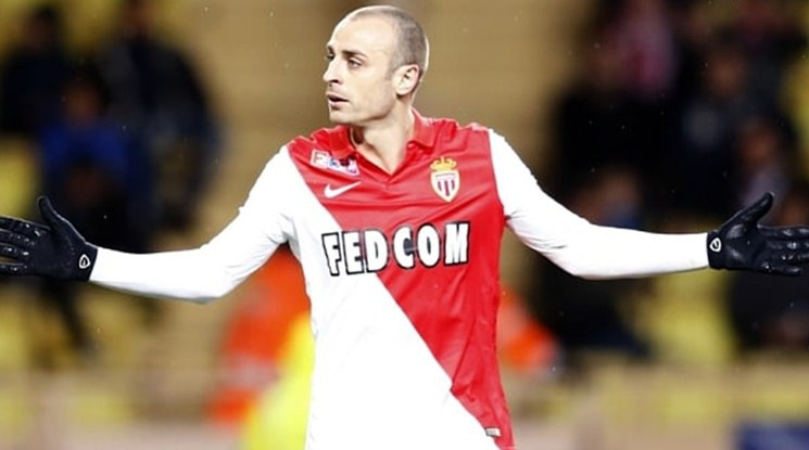 Berbatov is going back to the French Ligue 1
