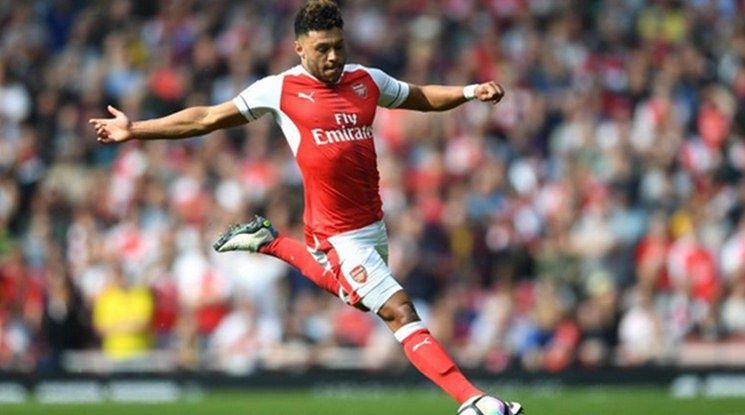 Arsenal and Chelsea agreed for Oxlade-Chamberlain