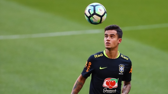 'The Sun': 'Liverpool has accepted the last offer of Barcelona for Coutinho.'