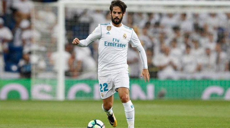 Isco re-signed his contract with the Royal Club