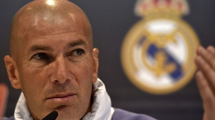 Zinedine Zidane re-signed his contract with Real Madrid