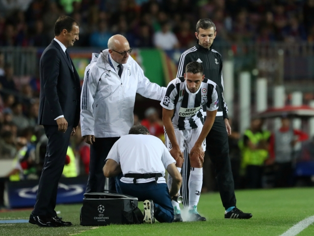 Juventus will be without De Sciglio for a month