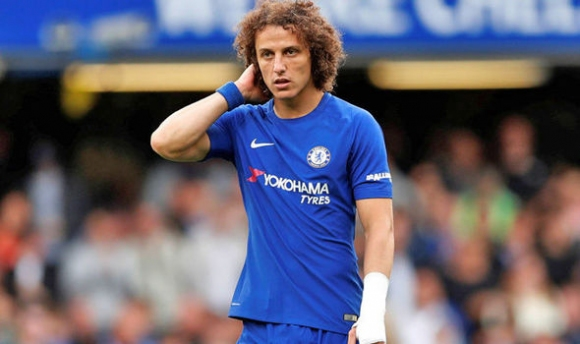 David Luiz has broken his hand