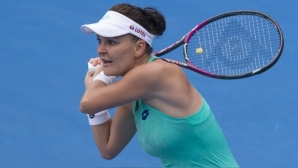 Radvanska dethronizes Conta in Sydney