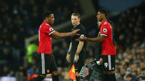 Manchester United to learn from the Liverpool attack, advises Gary Neville