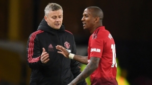 Ashley Young: When Solskjaer comes, it`s like Ferguson is back